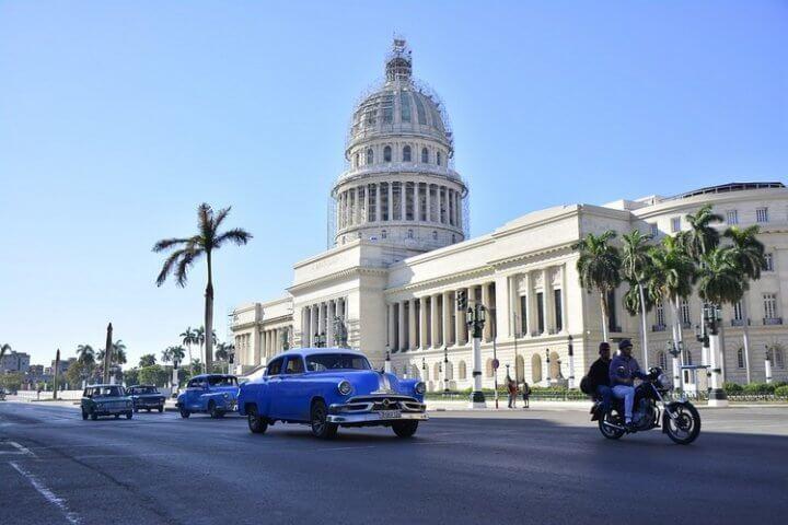 Visite de quelques adresses intéressantes en territoire Cubain