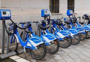 velo bleu à Nice