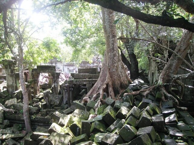 Beng Mealea Angkor circuit cambodge