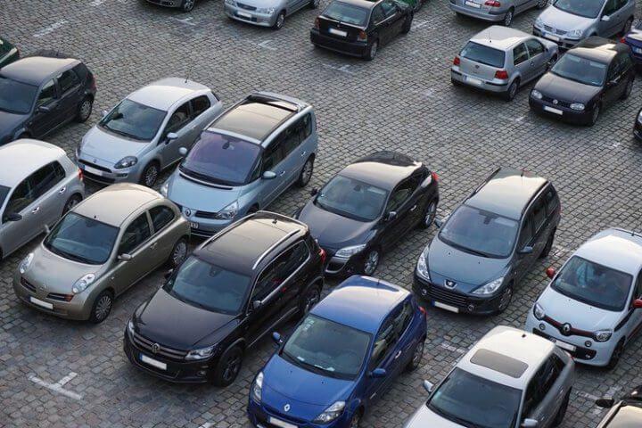 Comment réserver une place de parking à l'aéroport de Roissy Charles de Gaulle ?