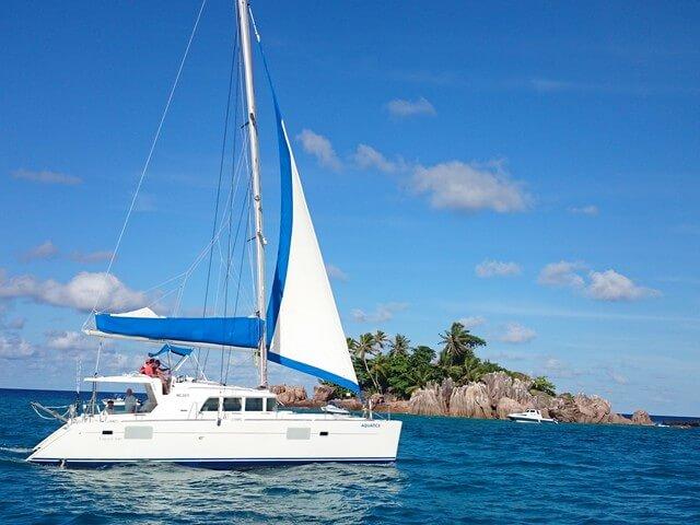 croisières en catamaran aux Seychelles