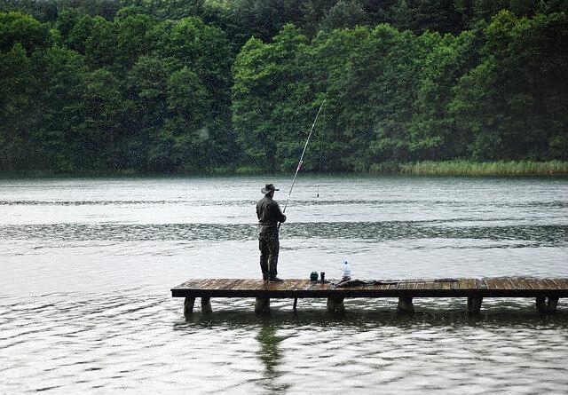 pécheur lac
