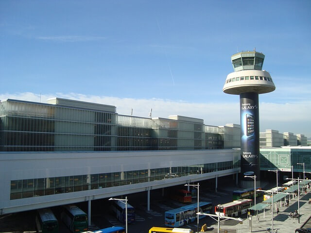 Grand aéroport Barcelone en Europe