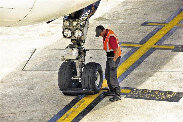 vérification avion avant décollage