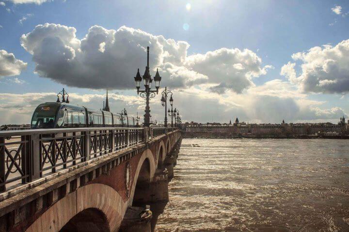 Partir en vacances au départ de l'aéroport de Bordeaux Mérignac