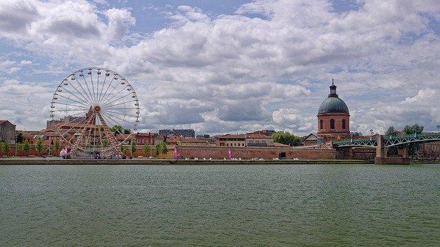Quais de Toulouse